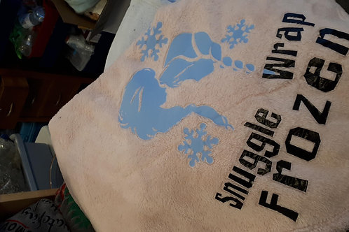 #4 Frozen Snuggle Wrap blanket