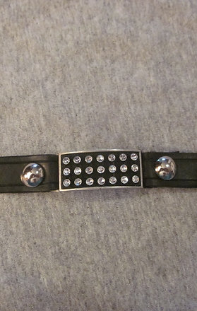 #24 leather vest xtender/metal inlay/mini stones