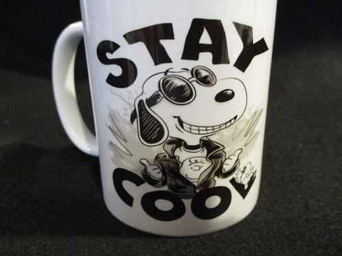 #252 Stay cool snoopy mug