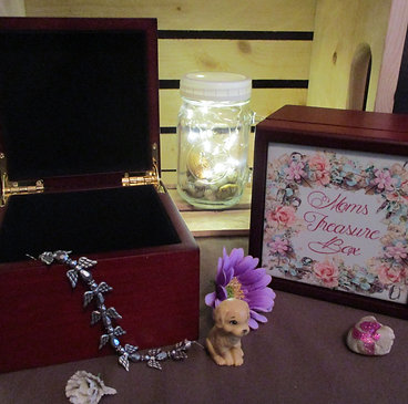 #1000 Moms Treasure box