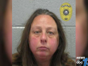 White Mother From Hell Stabs Her 5-Year-Old Daughter To Death