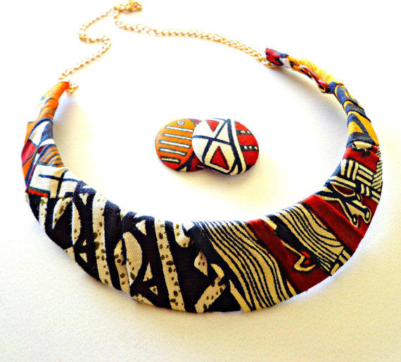 African Neckless and Round Earing
