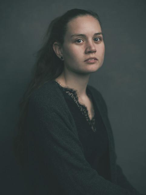 """Portræt af Rebecca. """"I Frit Fald"""", bogprojekt. Valby, Danmark."""