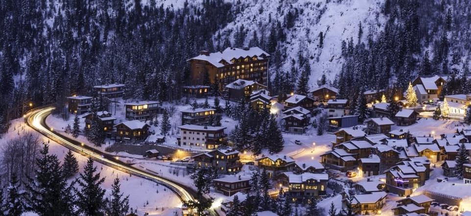 ski-courchevel-snow-mountain-winter-wall