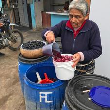 Buying a bucket  - Peru
