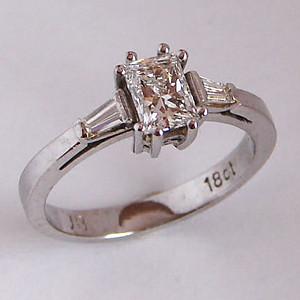 White Gold & Diamond Rings