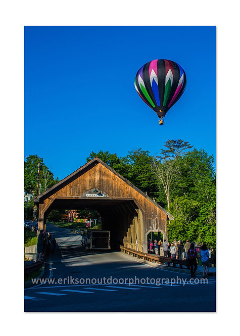 Hot air balloon over the Quechee Bridge, Hartford,VT, Cards and Prints