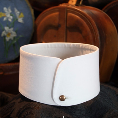 Washable Stiff Vogue Collar