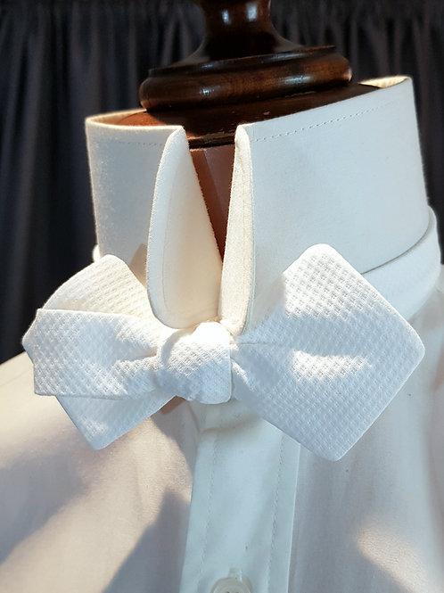 Rhomboid Bow Tie - Self tie