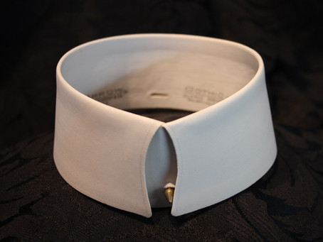 What's Inside A Starched Collar?