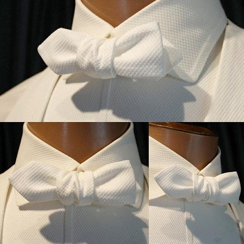 Diamond Point Bow Tie (Self-tie)