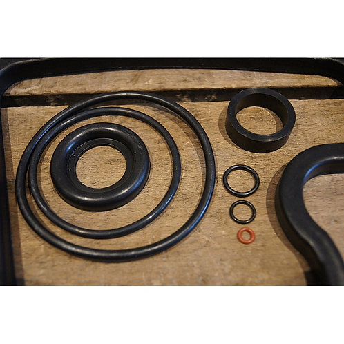 Mercedes Crankshaft Gasket Set M115 (W123) - 115 010 21 05, 1150102105