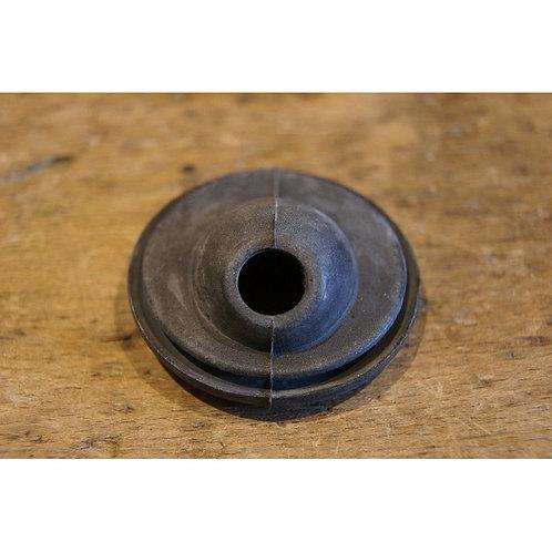 Mercedes W107 & W116 Firewall Grommet for Heater hose- 107 997 01 81, 1079970181
