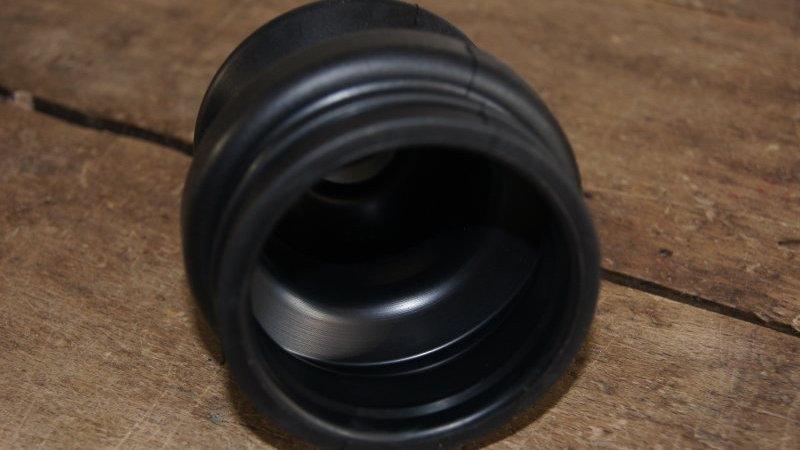 Mercedes W107 & W123  Rear Axle Driveshaft Boot - 124 357 01 91, 1243570191