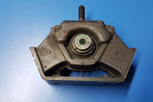 Mercedes W461 – W463 Engine Mount. Pt 460 240 70 18, 4602407018