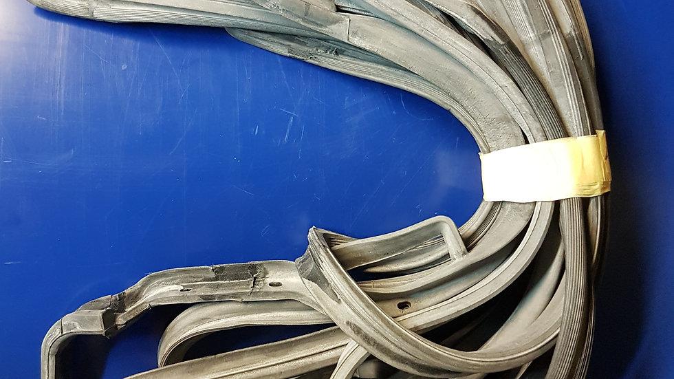 Mercedes W123 Door Seal Set Wagon - 123 720 01 78, 1237200278, 123 730 05 78, 12