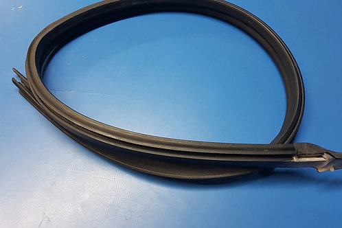 Mercedes W114 Coupe Left Window to Roof Rubber - 115 720 01 54, 1157200154
