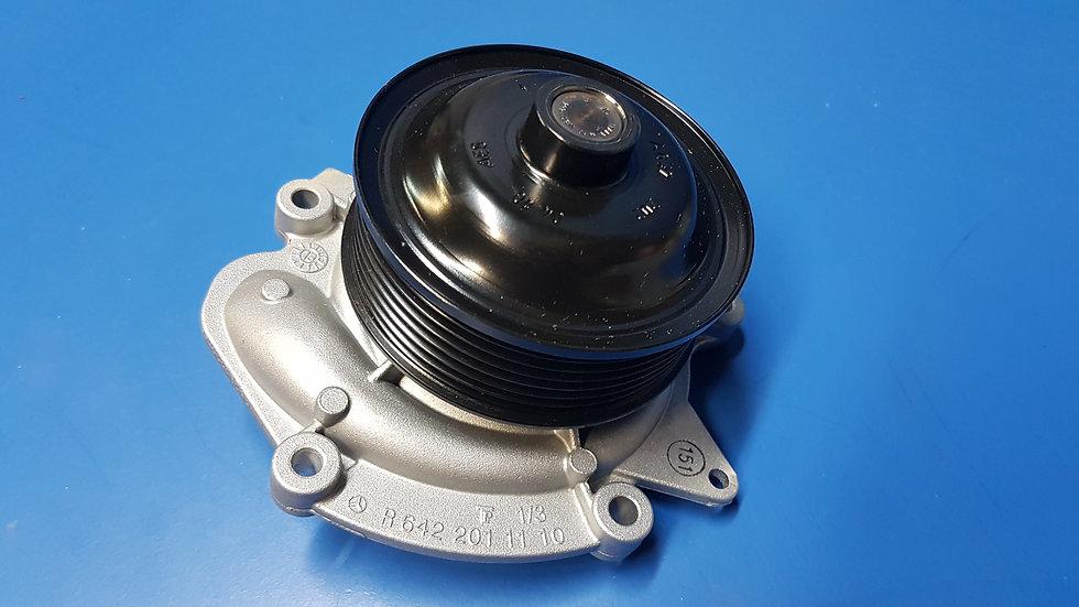 Mercedes OM642 - Water Pump Pt No:- 642 200 17 01, 6422001701