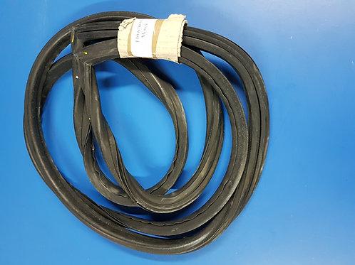 Mercedes W110 - W112 Rear Windscreen rubber - 110 670 01 39, 1106700139