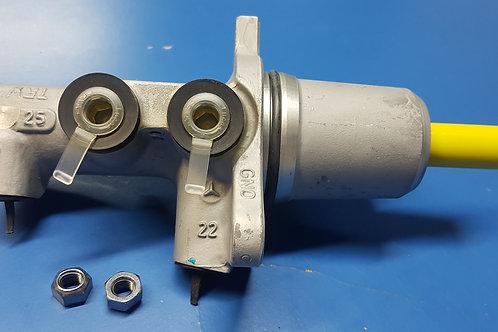 Mercedes W461 – W463 & Sprinter Brake Master Cylinder - 000 431 70 01, 000431700