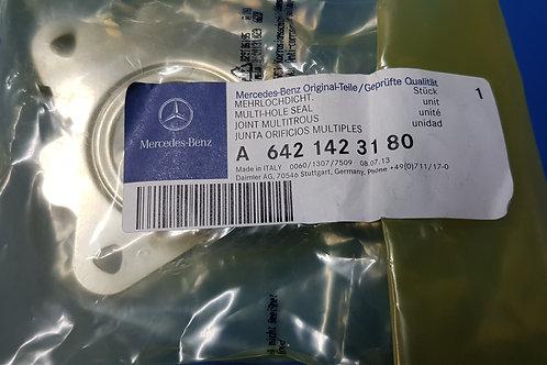 Mercedes OM642 - Multi Point seal Turbocharger Left - 642 142 31 80, 6421423180