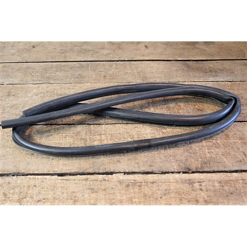 Mercedes W107 - Soft Top Rear Rubber Seal Pt No: - 107 771 00 98, 1077710098