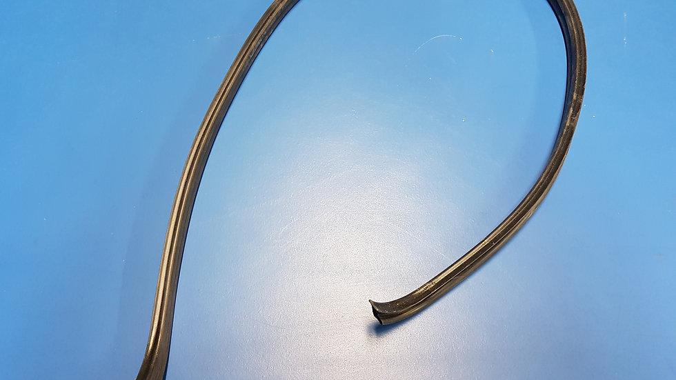 Mercedes W114 - W126 Sunroof Rear Seal Pt No: - 115 782 01 98, 1157820198