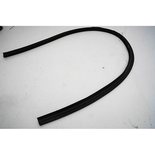 Mercedes W123 Coupe Bonnet to Windscreen Seal - 123 889 02 98, 1238890298