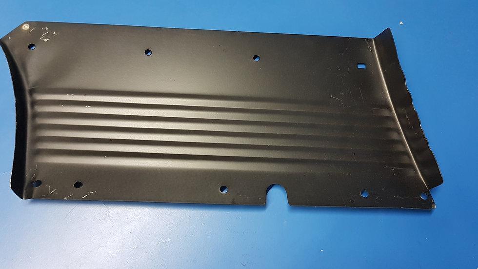 Mercedes W107 SLC Left rear Quarter Repair Panel - 107 637 11 09, 1076371109