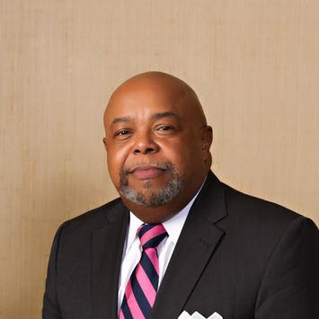 Irvin Henderson, Principal