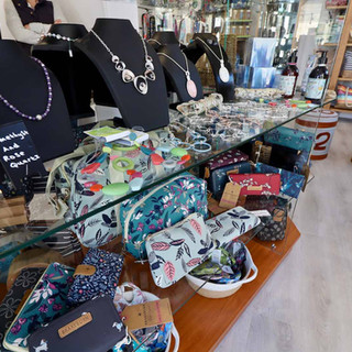 Bags & Jewellery