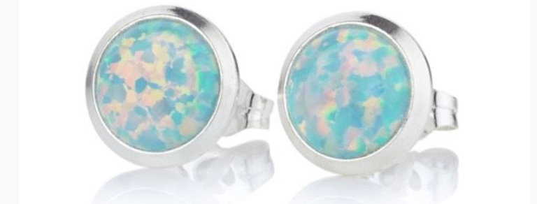 Green Opal and Silver Stud Earrings - 6mm