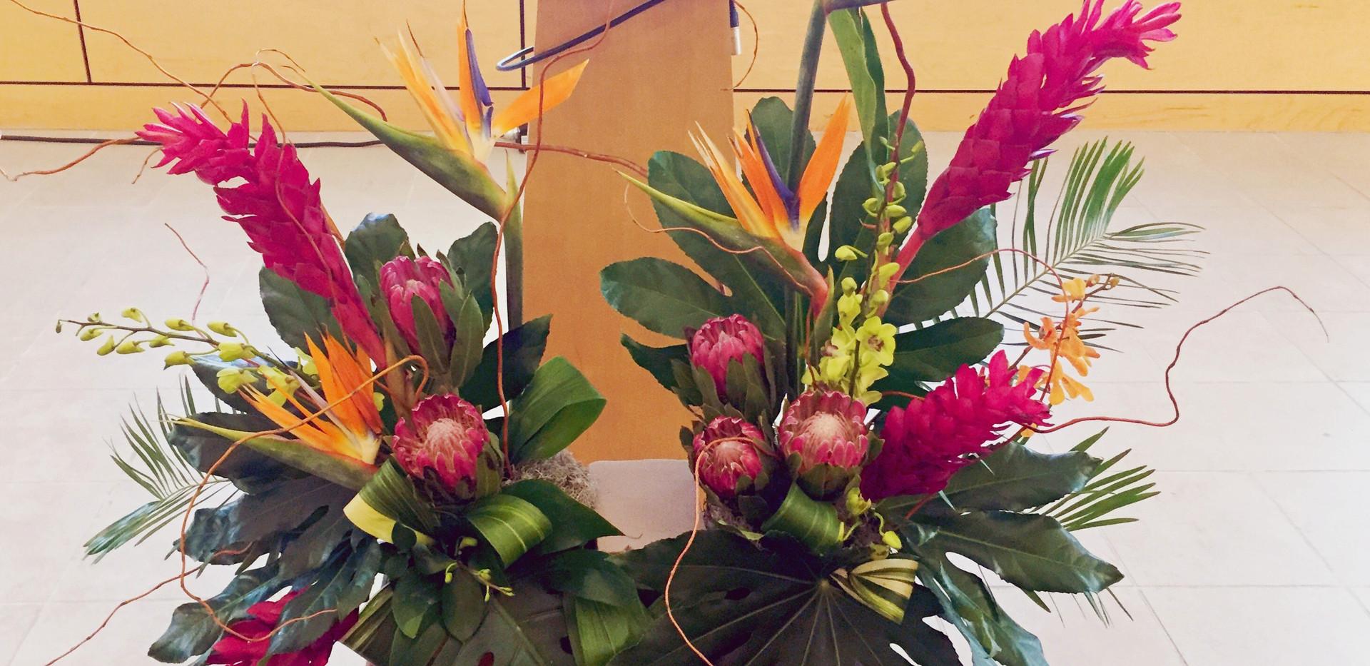Tropical Cremation Urn Arrangement