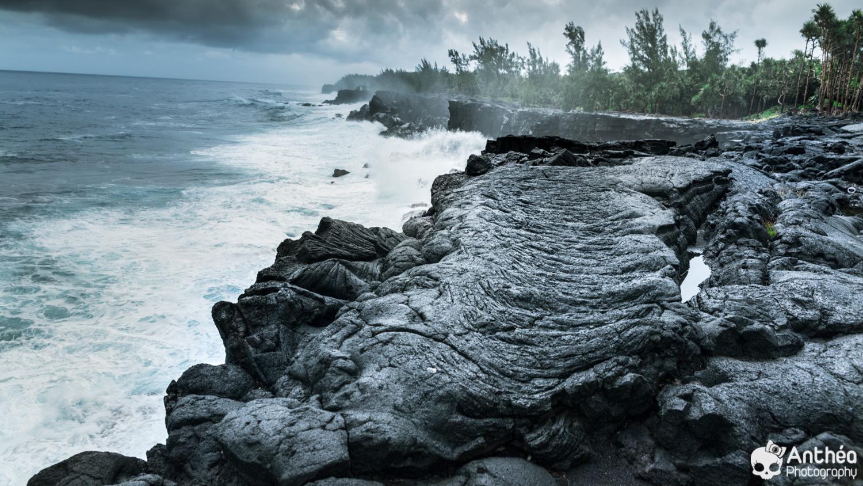 Ile de la Réunion  Coulée de lave   volcan océan indien