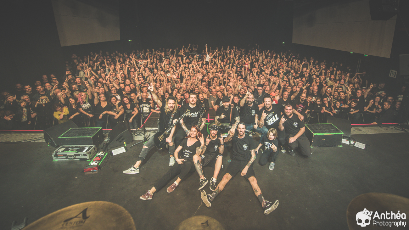 MANIAC TOUR-Mass Hysteria