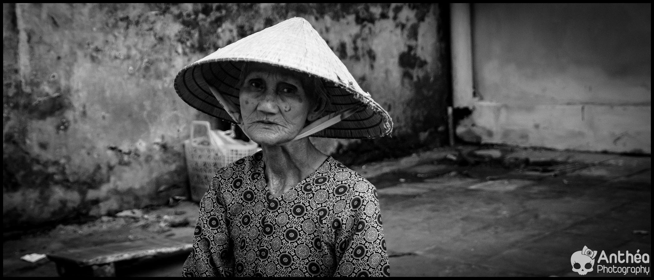 hoi an old women