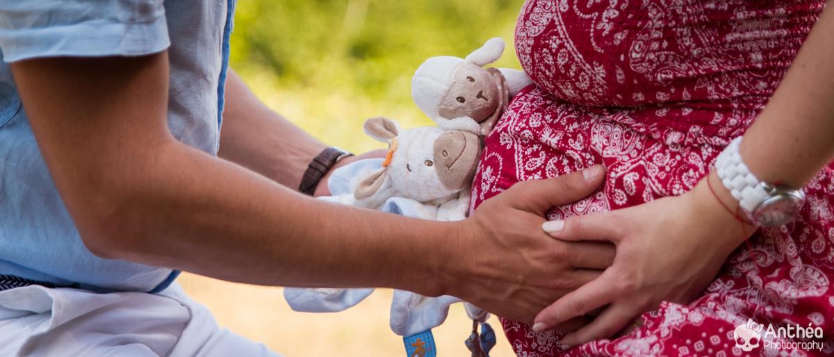 ventre femme enceinte jumeaux twins