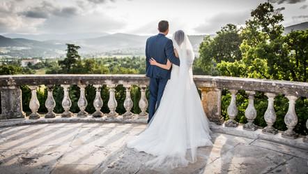 Mariage au Château de Gourdan en Ardèche & Péniche Lyon - S&C