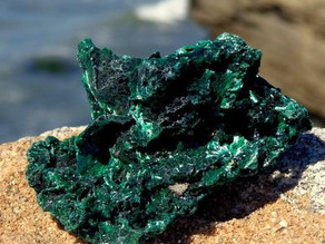 Malachite - a stone of transformation and good change Malachite - a stone of transformation