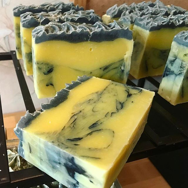 Bumblebee bars #wickedwaters #savyssoaps #Wickedwaterssoaps #coldprocesssoaps #handcrafted #handcraf