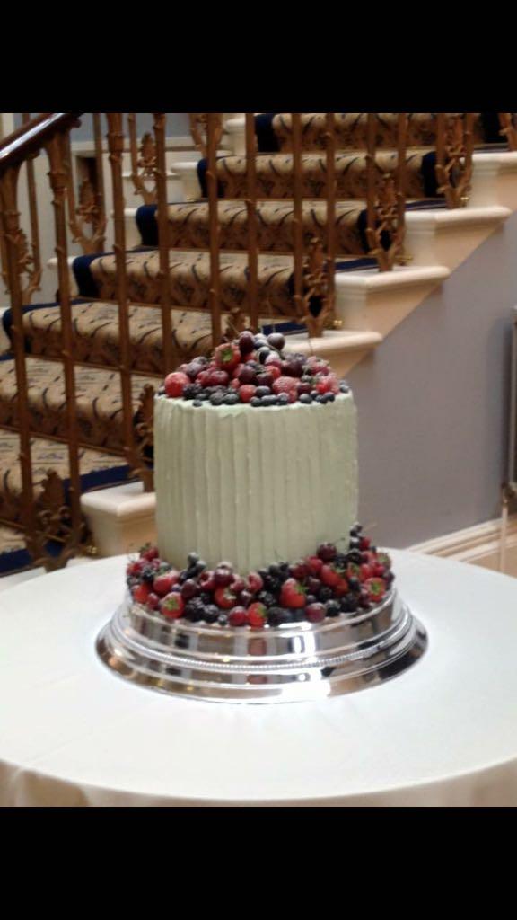 Berry & Buttercream Cake