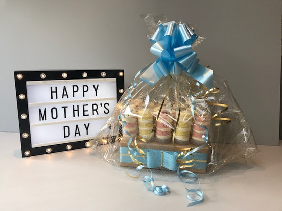MOTHER'S DAY GIFT WRAPPED PUSH UP CAKES.jpg