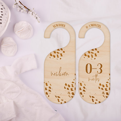 Wooden Wardrobe Clothes Dividers - Dotty Print Design - Newborn to 2 Years