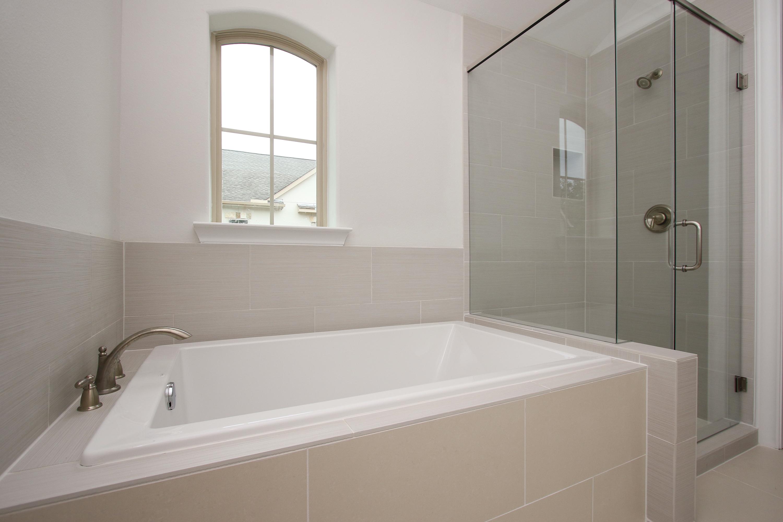 Master Bath 7723_0023