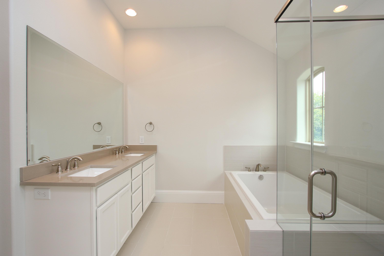 Master Bath 7723_0022