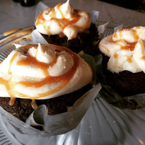 Salted carmel chocolate cupcakes.png
