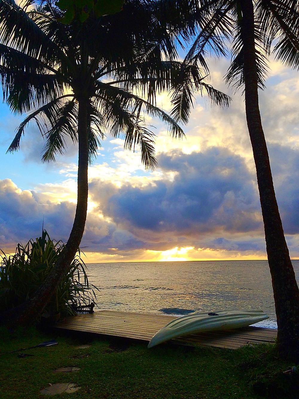 Aube sur Arahoho, Tahiti, my homeland.