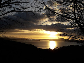 Sunset view from Mudbrick Restaurant ©Taina CALISSI