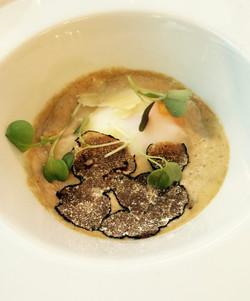 Restaurant Essencia Oeuf à la truffe