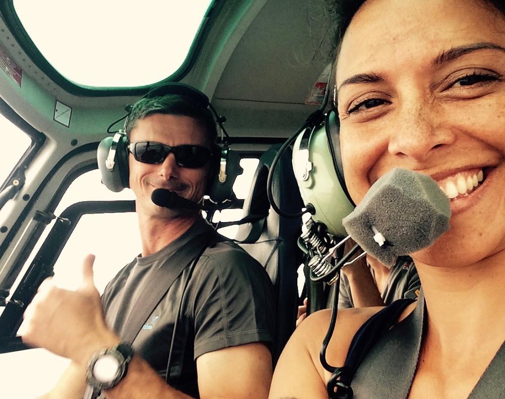 Dans l'hélicoptère de Héli Béarne avec Patrice aux commandes.